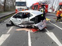 Verkehrsunfall eingeklemmte Personen