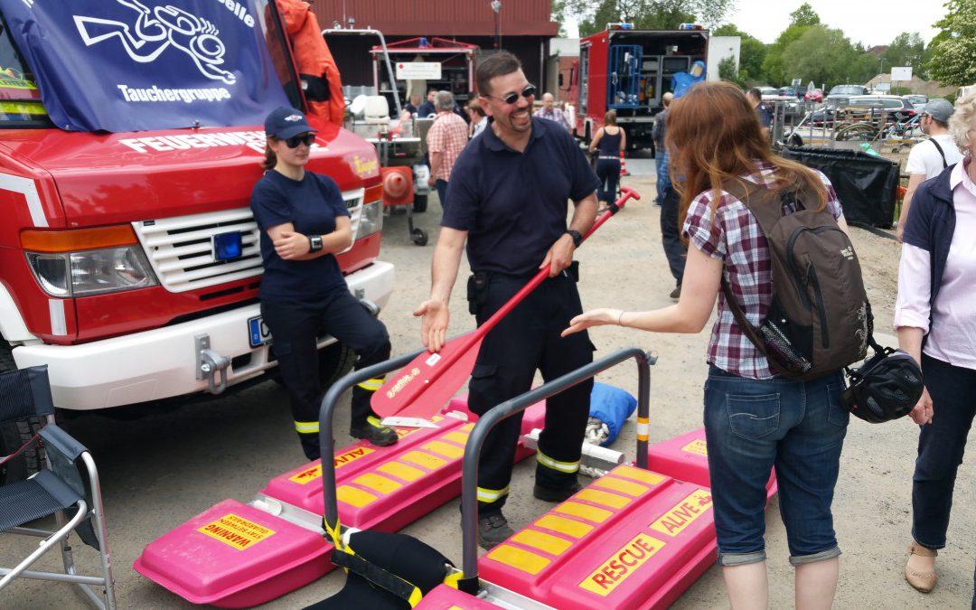 Celler Feuerwehr beim Hafenfest und beim Dorfmarkt