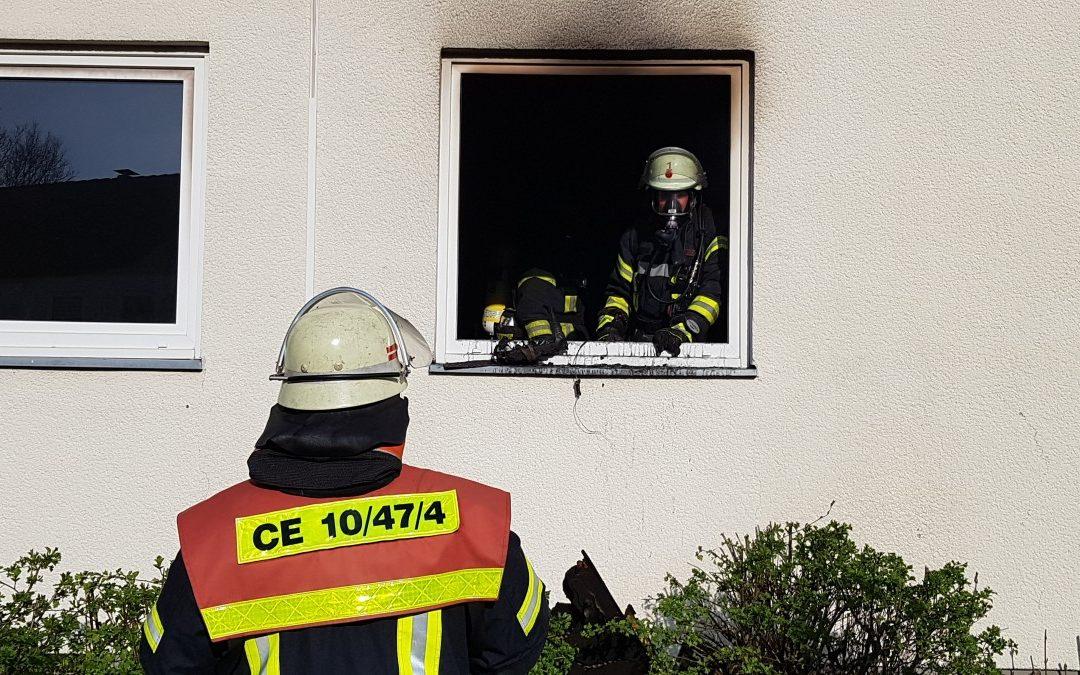 Zimmerbrand in voller Ausdehnung