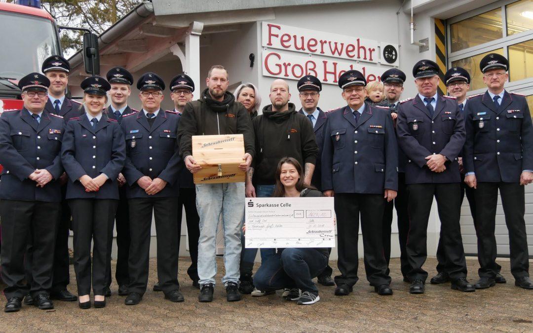 Schraubertreff Celle sammelt Spenden für Defibrillator
