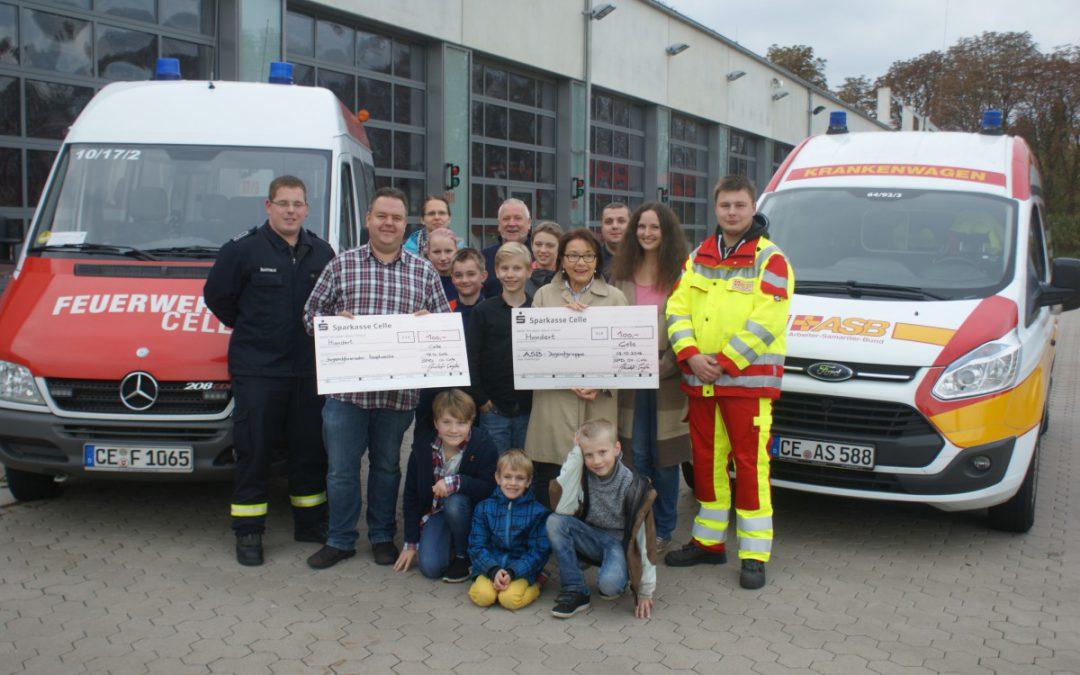 Spende der SPD für die Jugendarbeit des ASB und der Feuerwehr Celle