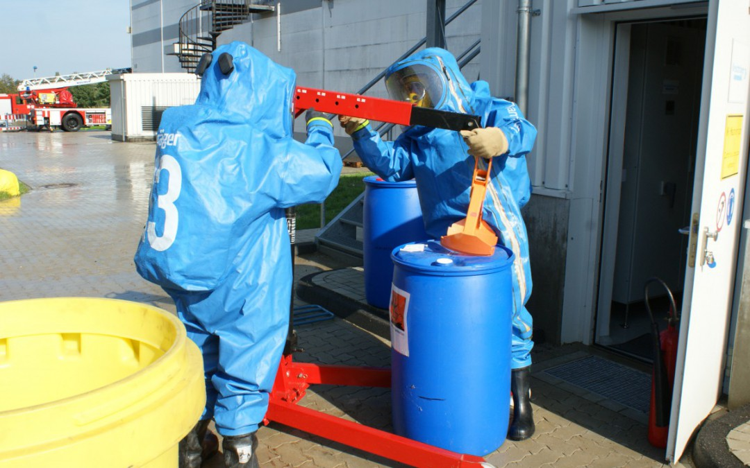 Chemie- und Strahlenschutzzug informiert im Lehrberuf Logistiker