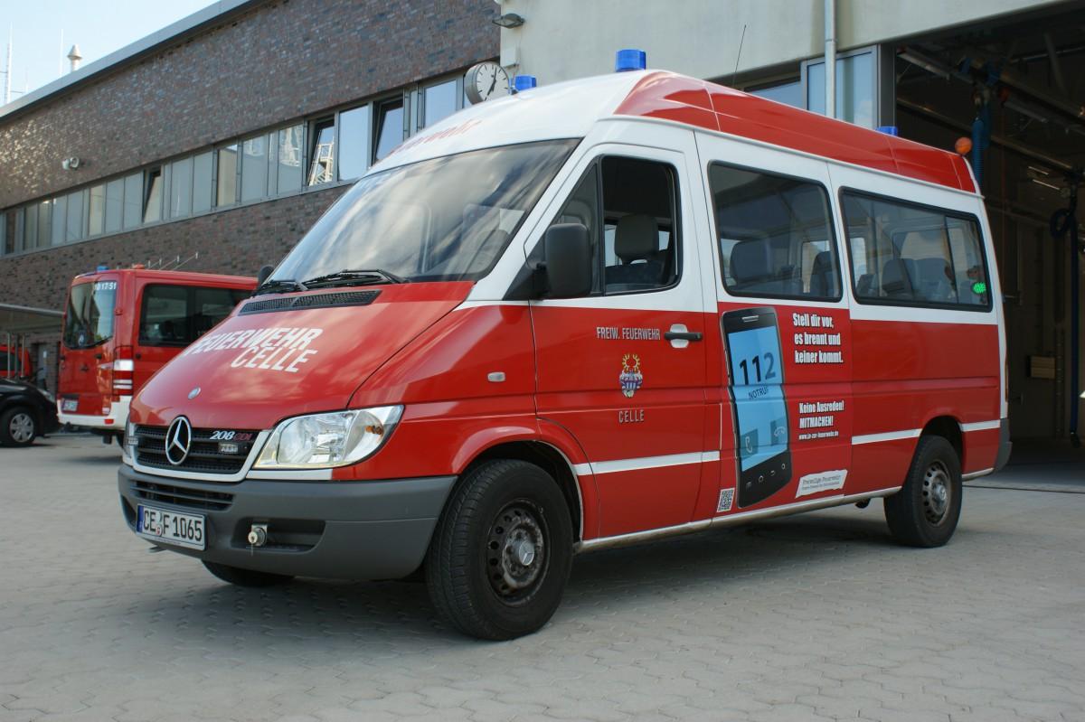 Florian Celle 10/17/2 – Mannschaftstransportfahrzeug