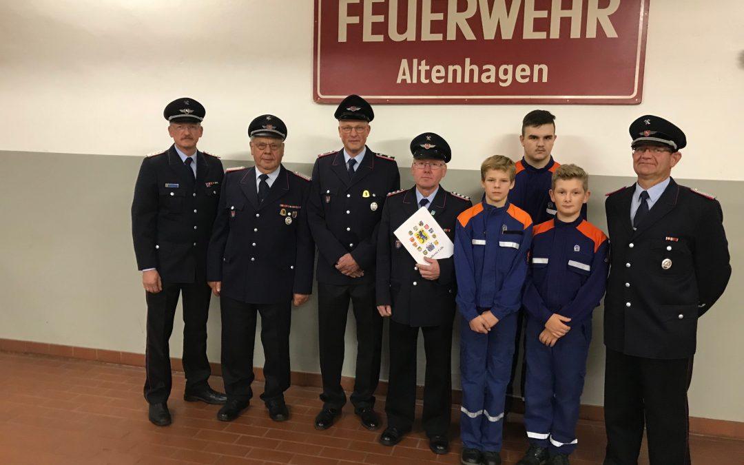Ehrungen, Verleihungen, Verabschiedung bei der Freiwilligen Feuerwehr Altenhagen
