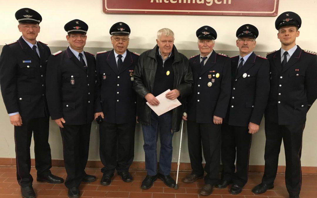 135 Jahre Feuerwehrgeschichte – Ehrungen bei der Feuerwehr Altenhagen