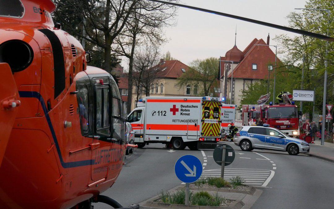 Verkehrsunfall – mehrere eingeklemmte Personen *Video*