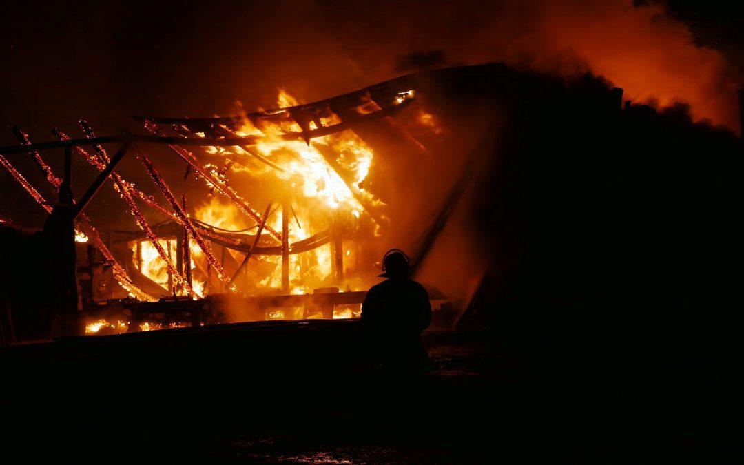 Gebäudebrand (Sägewerk) *Video*