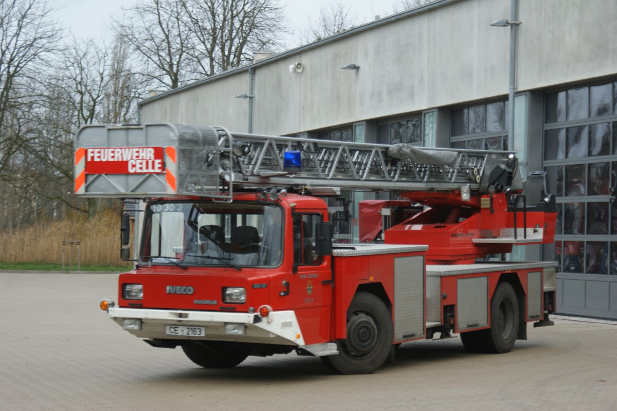 Florian Celle 10/30/3 – Drehleiter DLK 23/12 cc n.B.