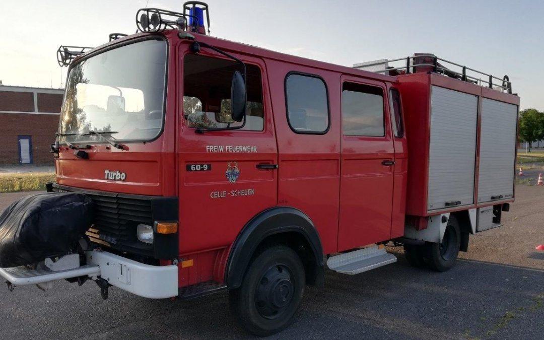 Löschgruppenfahrzeug (LF 8 ) zu versteigern