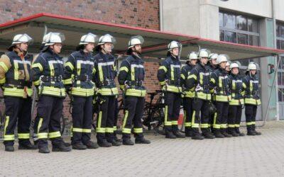 16 neue Feuerwehrleute ausgebildet